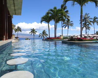 Featured_four_seasons_maui_at_wailea_review-adults_only_serenity_pool_with_swim_up_bar