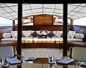 Featured_luxury_liveaboard-amanikan