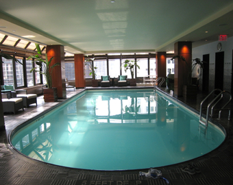 Featured_peninsula_new_york_review-spa_pool