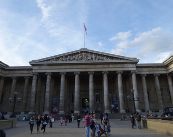 Featured_british_museum_with_kids-entrance_on_great_russell_street