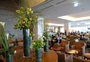 Square_lounge_review-japan_airlines_jal_business_class_lounge_tokyo_narita-first_floor_flowers_and_seating
