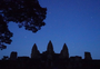 Square_angkor_wat_amansara_tour-starry_night_sky
