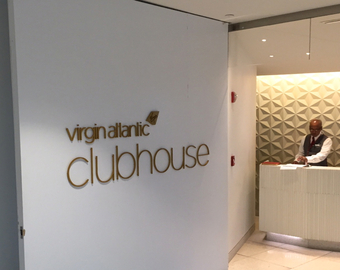 Featured_review-virgin_atlantic_clubhouse_new_york_jfk_airport_lounge_sign