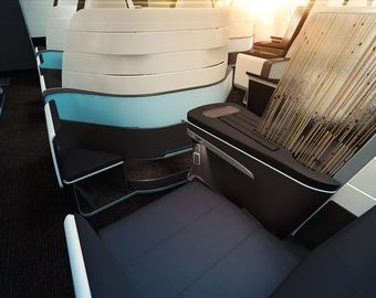 Featured_hawaiian_airlines_new_lie_flat_bed_seats