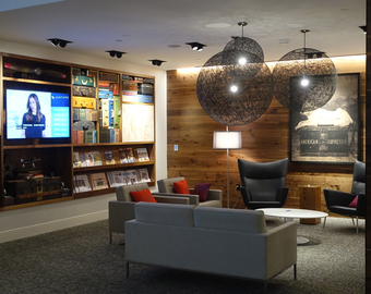 Featured_review-amex_centurion_lounge_houston_iah-seating_close_to_entrance