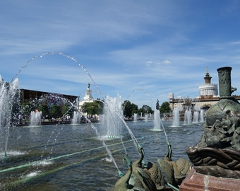 Featured_review-vdnkh_moscow-fountains