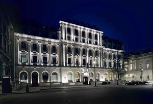 Medium_sofitel%20st%20james%20hotel%20at%20night-london