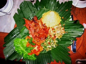 Medium_10_things_to_eat_in_bali-bebek_betutu