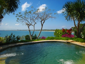 Medium_four_seasons_bali_jimbaran_bay_review-jacuzzi_hot_tub