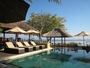 Square_review-batu_karang_lembongan_resort-lower_pool