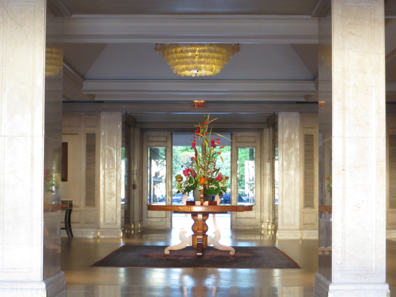 Fairmont Orchid Hawaii Review - Lobby