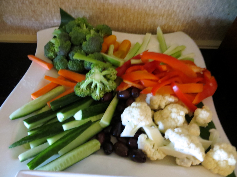 Fairmont Orchid Gold Floor Lounge Review - Vegetable Crudites