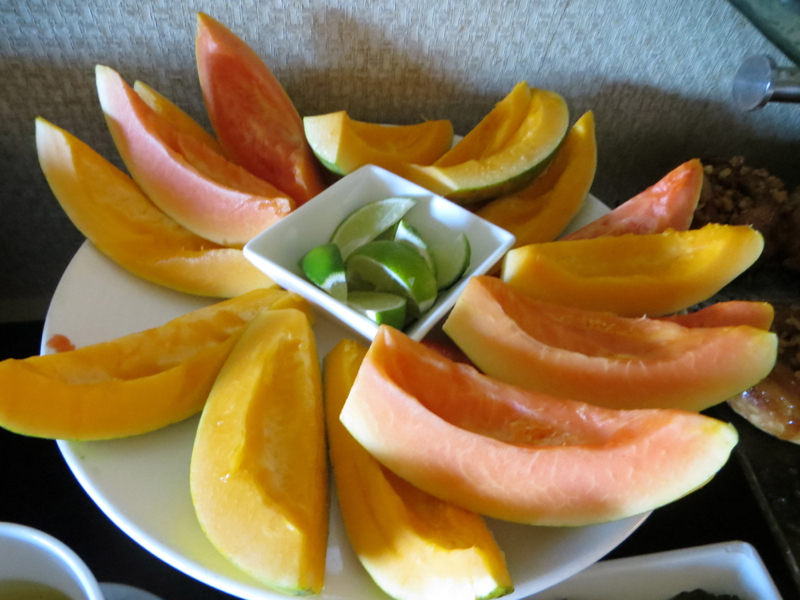 Breakfast Papaya, Fairmont Orchid Gold Floor Lounge Review