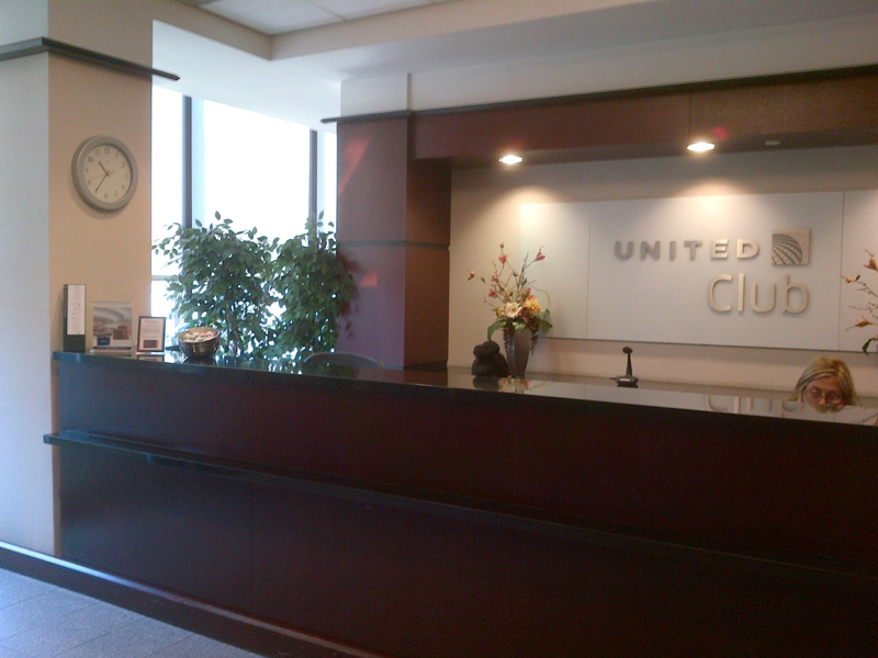 United Club Newark Airport Terminal A Review - Reception