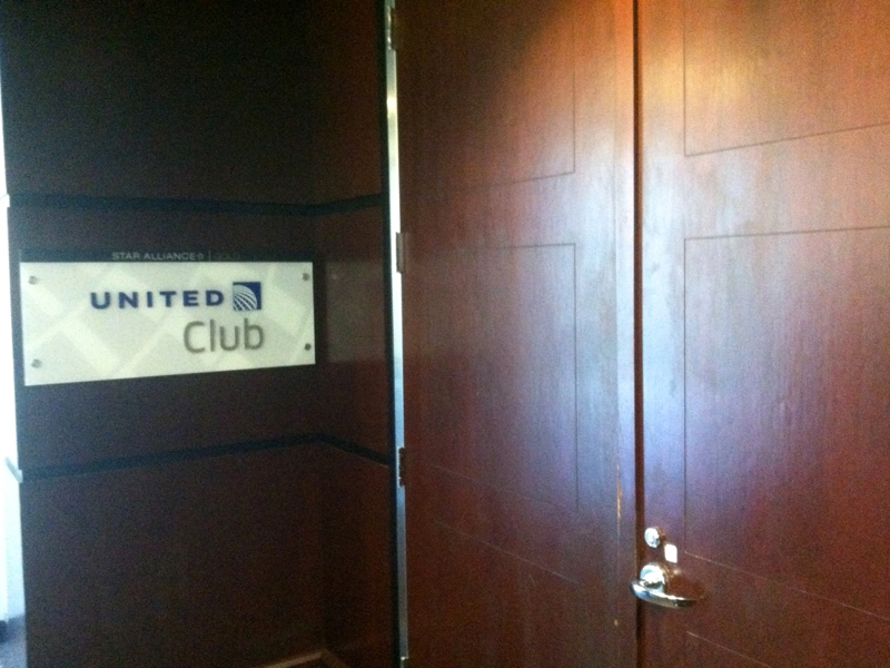 United Club Newark Airport Review - Entrance