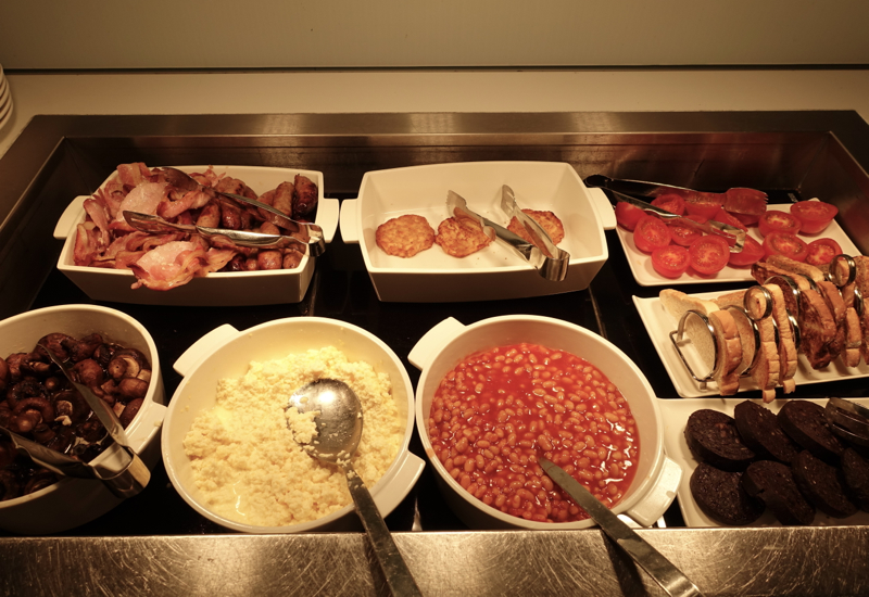 British Airways Arrivals Lounge LHR - English Breakfast