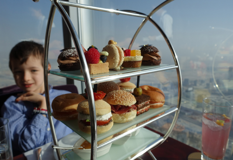 Review: Atmosphere Lounge, Burj Khalifa Dubai - Afternoon Tea