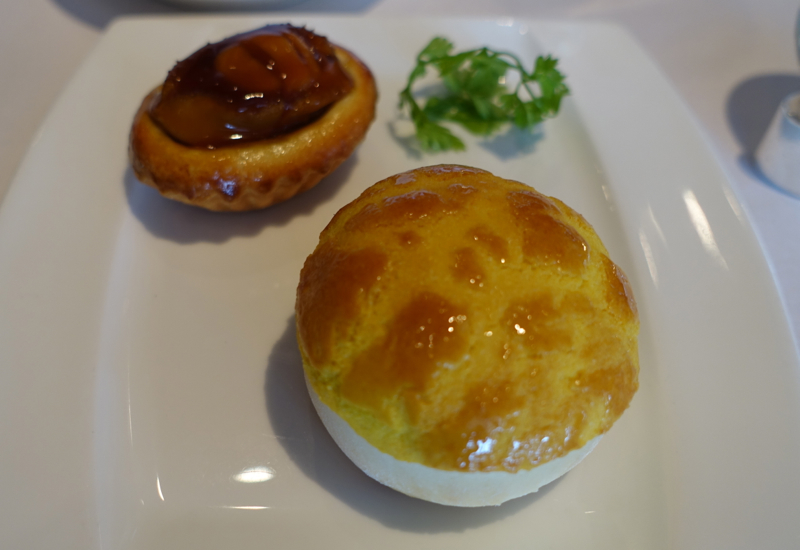 Baked Abalone Puff and Baked Barbecued Pork Bun, Lung King Heen