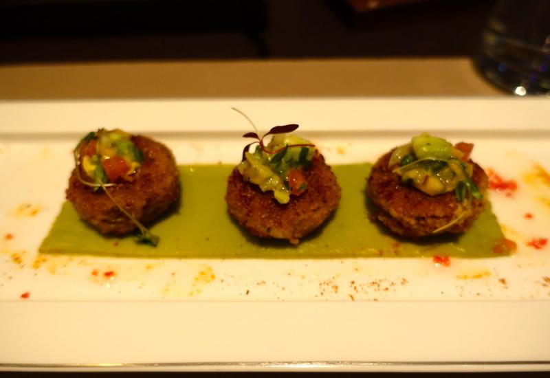 Tandoori Spiced Crabcakes, Cafe Gray Deluxe