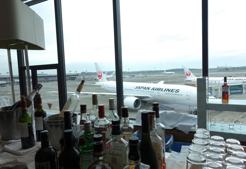 Self Serve Bar, JAL Sakura Lounge, Tokyo Narita