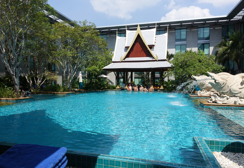 Swimming Pool, Novotel Bangkok Airport Hotel Review