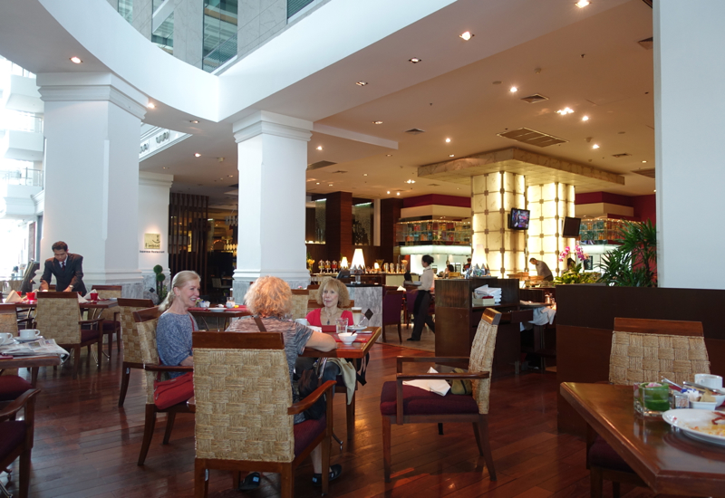 Breakfast at The Square Restaurant, Novotel Bangkok Airport Hotel Review