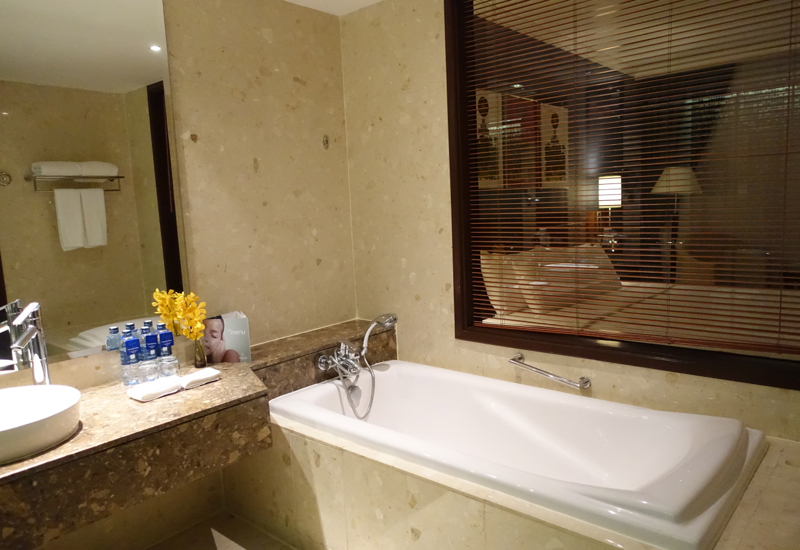 Soaking Tub, Suite Bathroom, Novotel Bangkok Airport Hotel Review