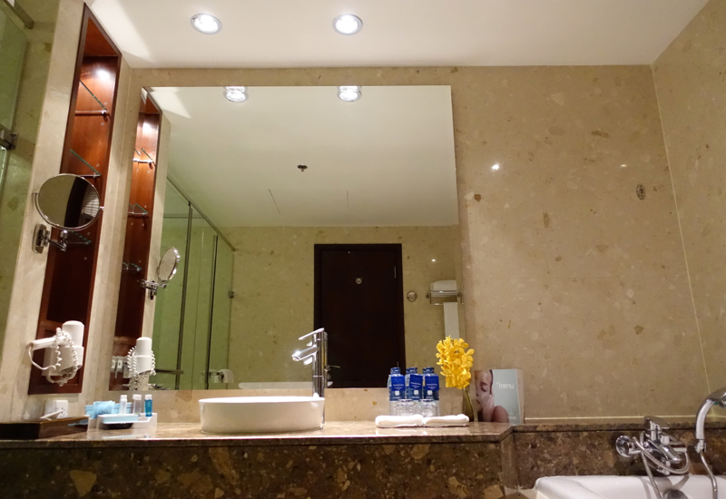 Suite Bathroom, Novotel Bangkok Airport Hotel Review