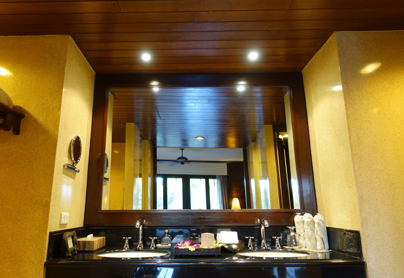 Dual Vanities with His and Hers Sinks, Anantara Golden Triangle
