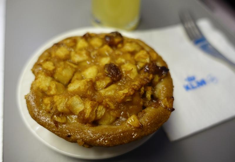 Warm Apple Pie, KLM Business Class