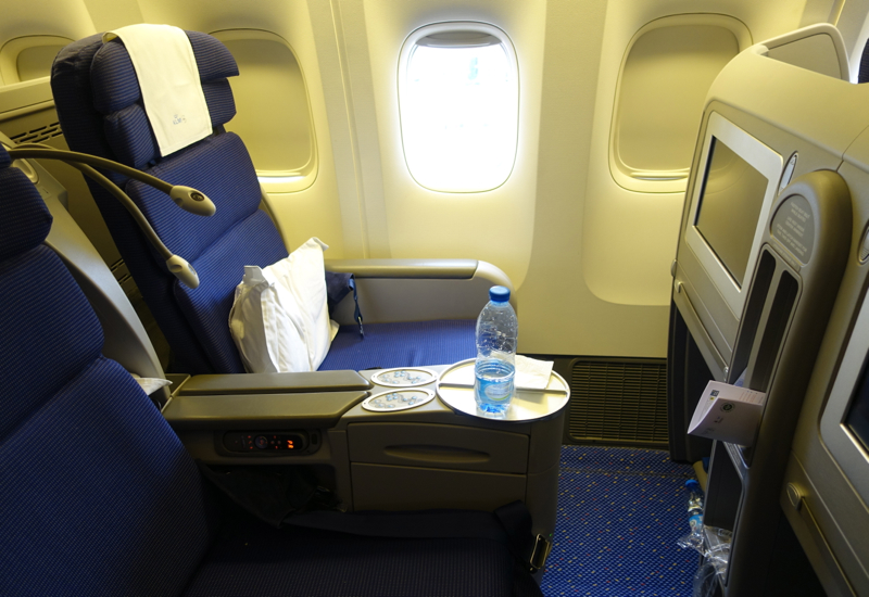 Review-KLM Business Class Seat, 777