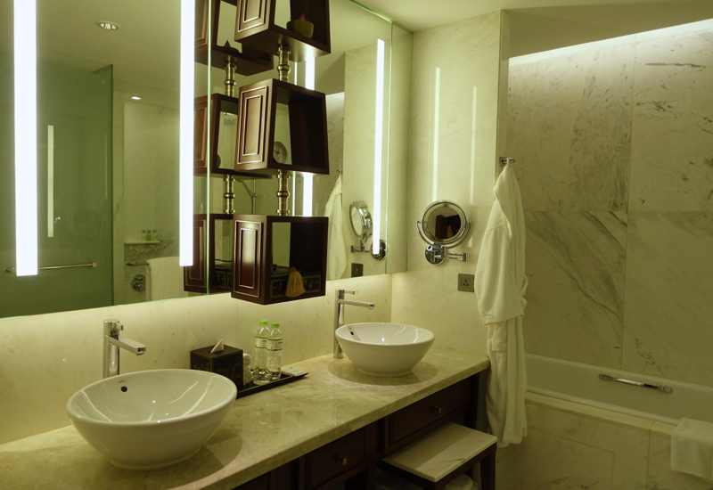 Bathroom, Park Deluxe Room, Park Hyatt Siem Reap