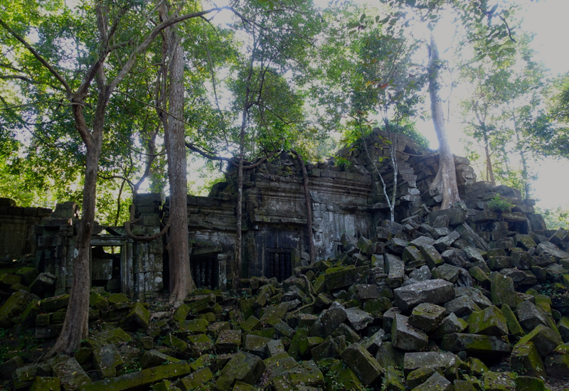 Beng Mealea Temple Ruins Are Best in the Tranquil Early Morning