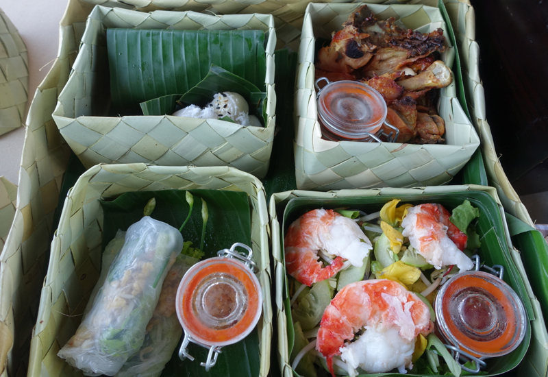 Khmer Picnic Lunch, Amansara Tonle Sap Boat Cruise
