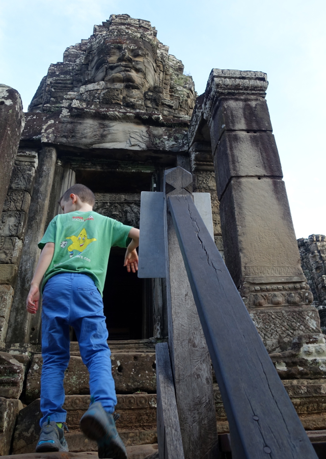 Exploring The Bayon Temple without the Crowds