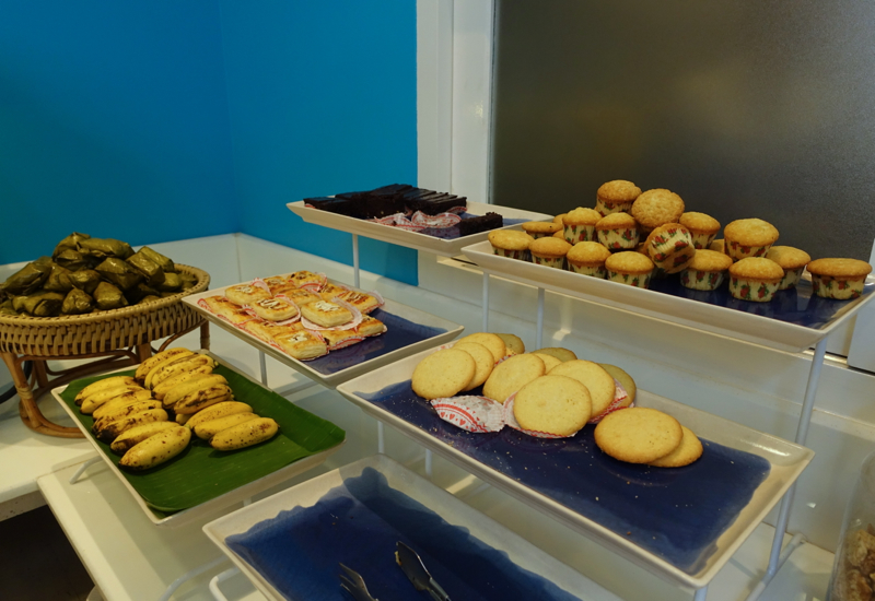 Bangkok Airways Review - Airport Lounge Food