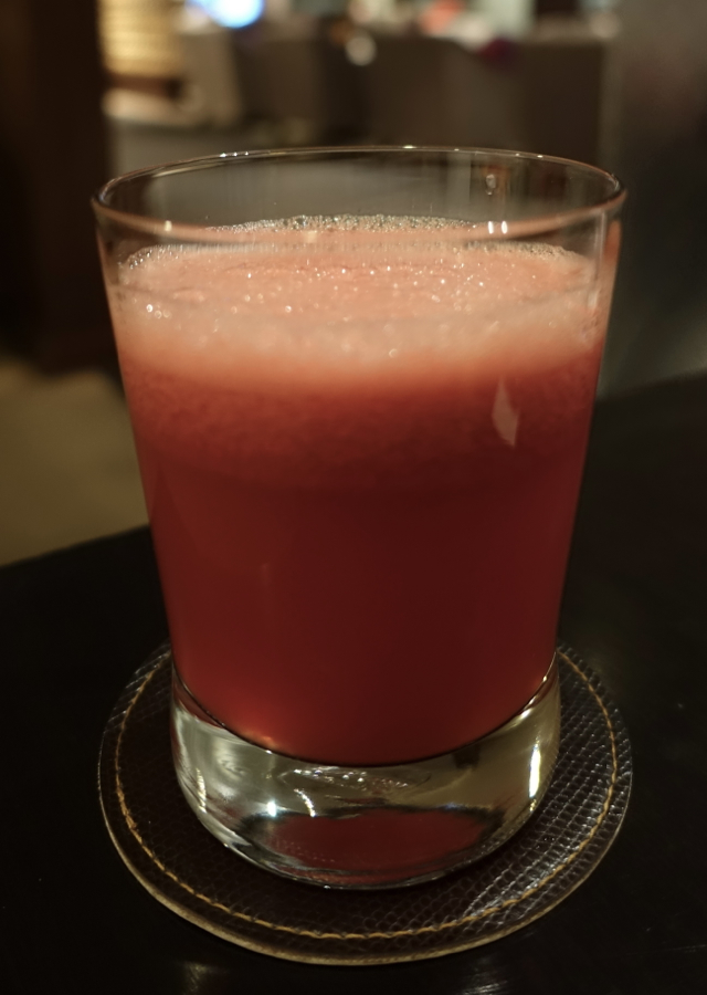Thai Royal First Lounge Bangkok Review - Fresh Squeezed Watermelon Juice