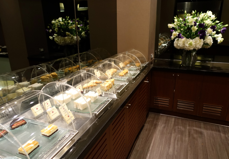 Thai Royal First Lounge Bangkok Review - Buffet