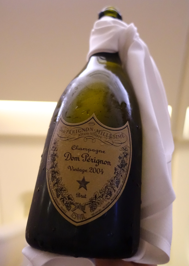 Thai Airways First Class-Dom Perignon 2004