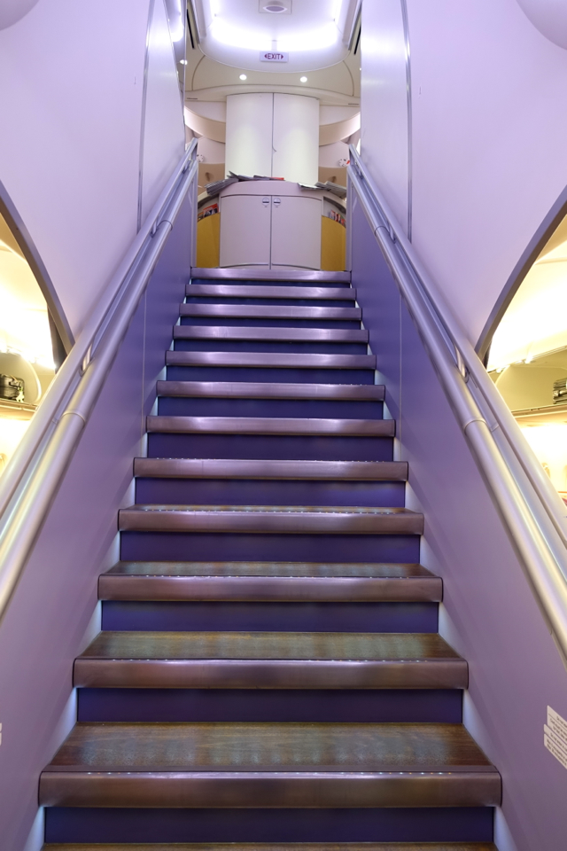 Thai Airways A380: Stairs to Upper Deck First Class