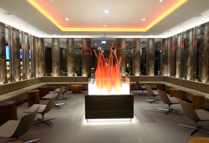 Review-Air Canada Maple Leaf Lounge Frankfurt - Canada Room
