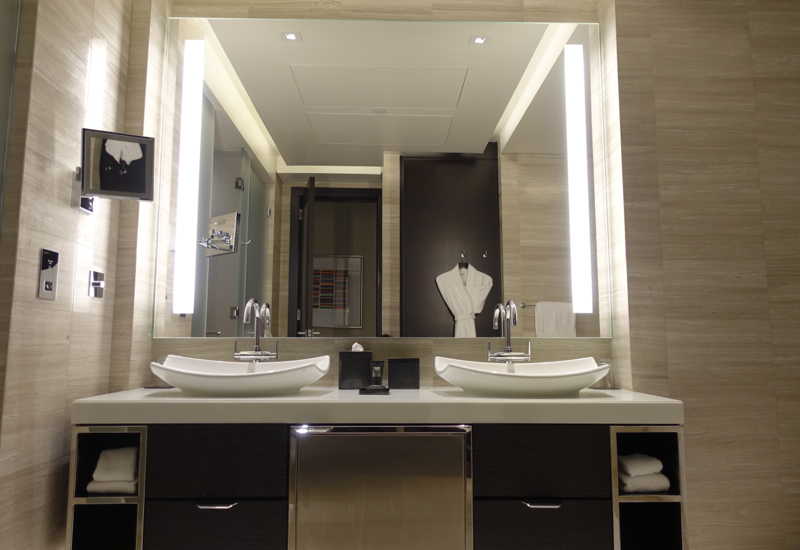 Rosewood Abu Dhabi Review - Deluxe Room Twin Vanities