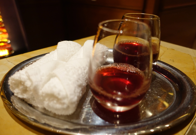 Refreshing Towels and Welcome Drinks, Rosewood Abu Dhabi Review