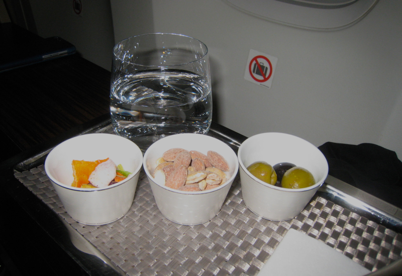 Review-Etihad First Class 777-300ER-Mixed Nuts and Snacks