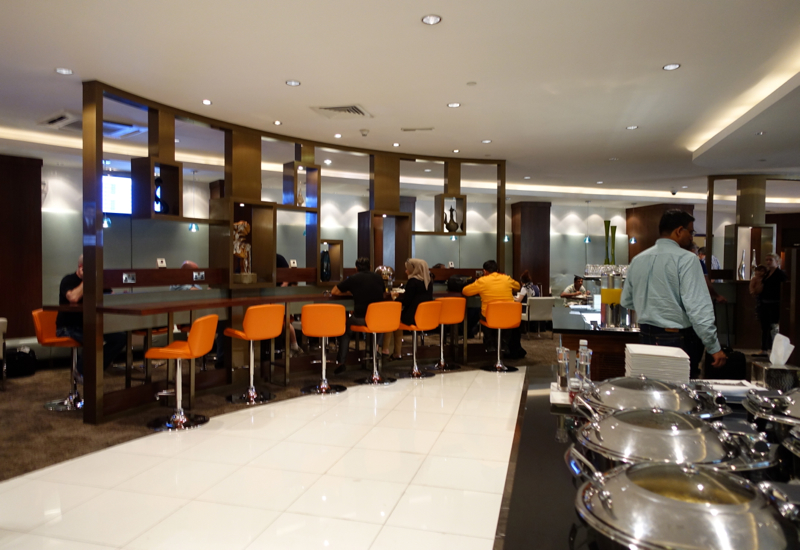 Review-Etihad Business Class Lounge Abu Dhabi-Buffet and Bar Seating