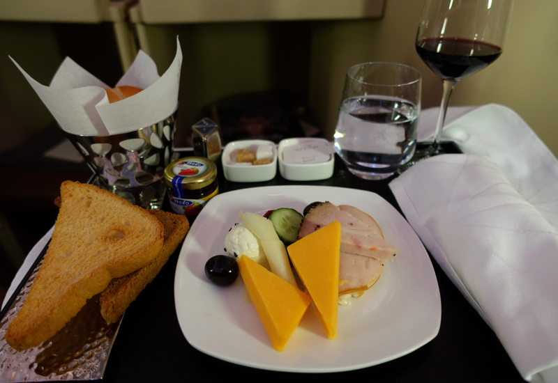 Review-Etihad Business Class A330-200-Cold Cuts and Cheese Plate