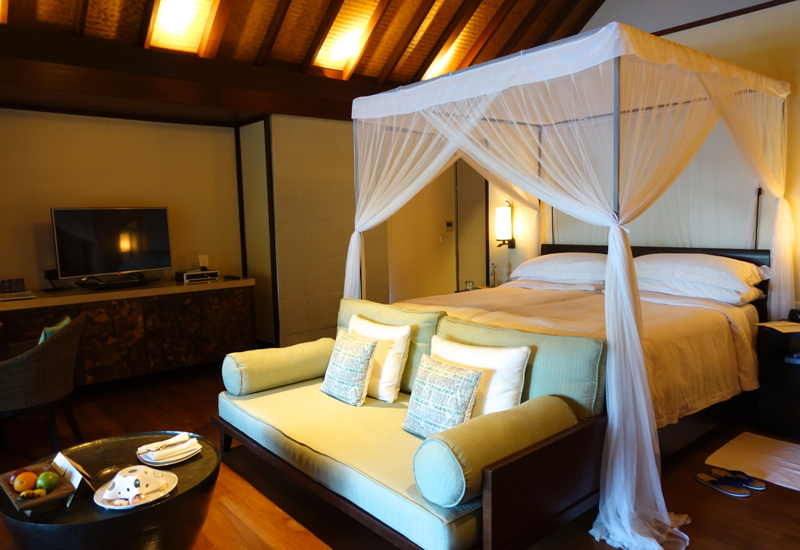 Four Seasons Kuda Huraa Review: Beach Pavilion King Bed