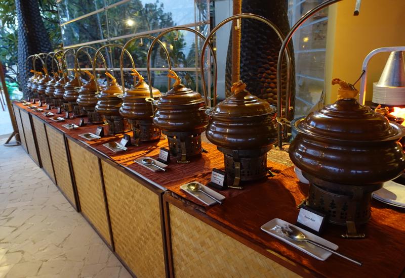 Array of Curries, Baraabaru Indian Buffet Night, Four Seasons at Kuda Huraa