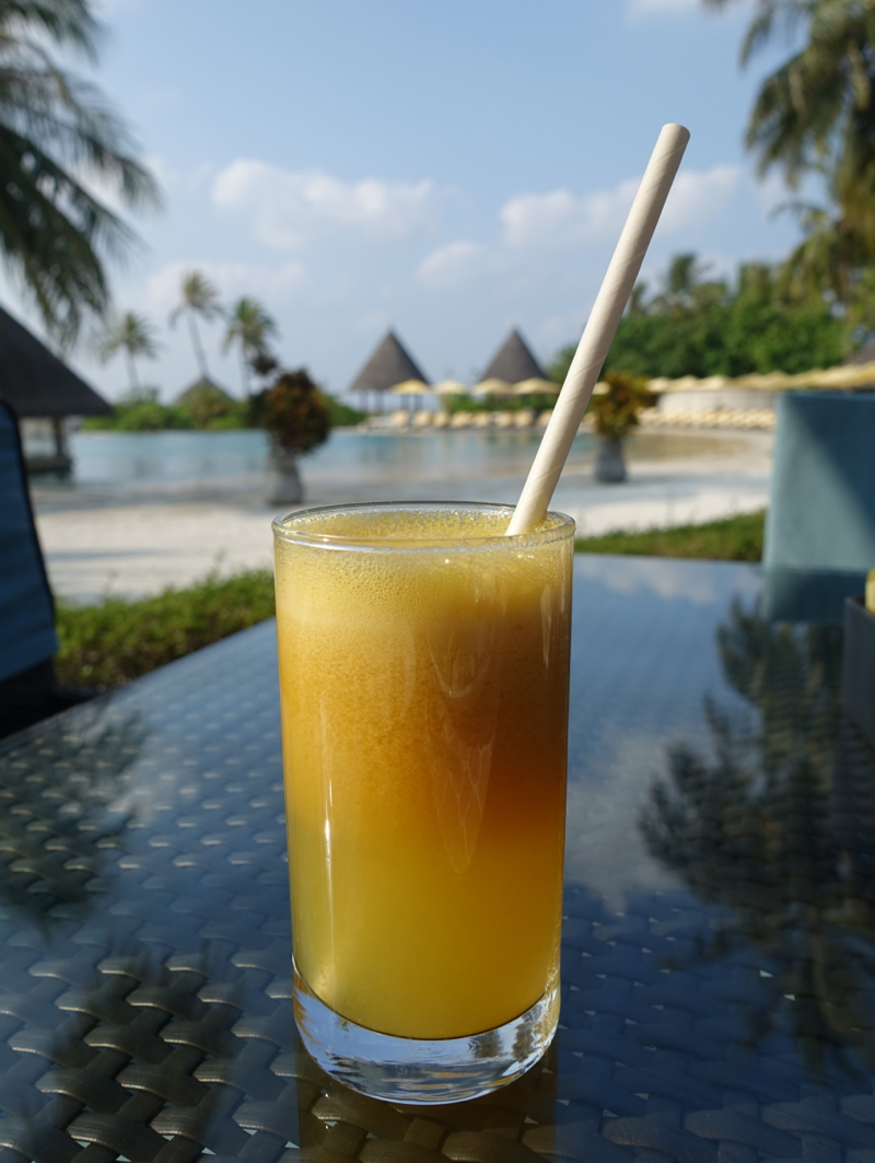 Fresh Squeezed Juices for Breakfast at Cafe Huraa, Four Seasons at Kuda Huraa Restaurant Review