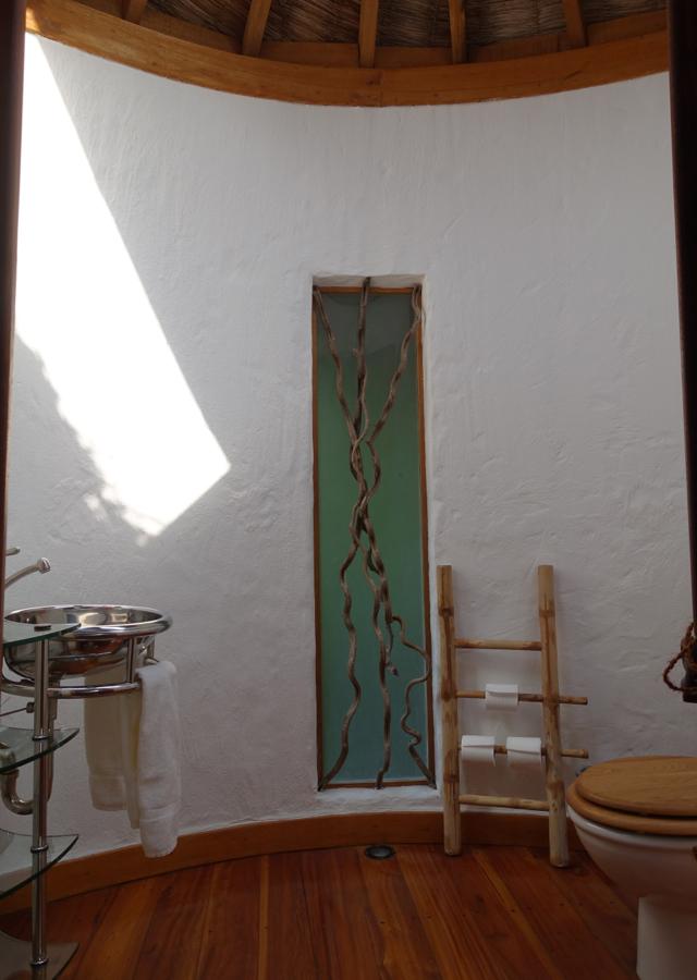 Master Half Bathroom, Soneva Fushi 2BR Crusoe Villa